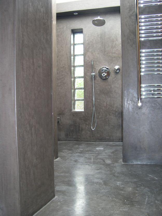 Tadelakt de marrakech lahouari tahiri salle de bain for Salle de bain en gris